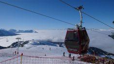 Isère: 150 skieurs évacués après une panne de télécabines à Chamrousse
