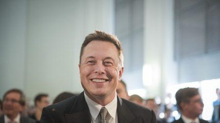Avec ses satellites, Elon Musk veut donner accès au wifi en haut-débit au monde entier