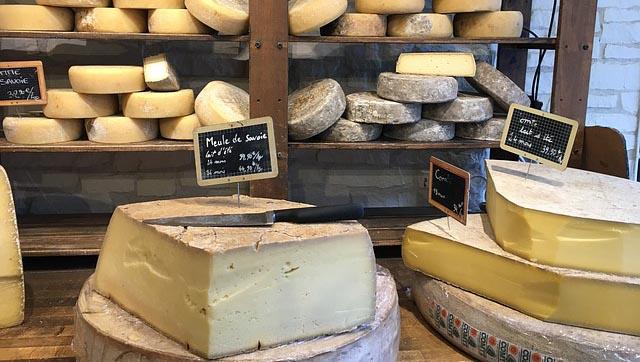 Le fromage serait-il aussi addictif que la drogue?
