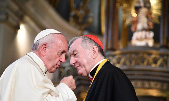 Le Vatican du pape François «fait un pacte avec le diable», dit un dissident chinois