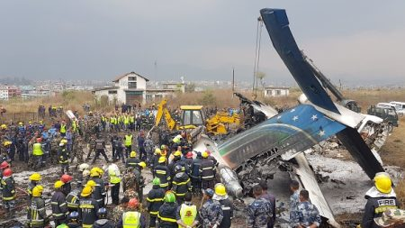 Crash d'un avion bangladais au Népal: bilan 27 morts