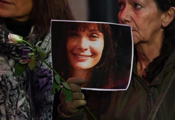 Nadine Trintignant demande au chanteur Bertrand Cantat d'arrêter sa tournée