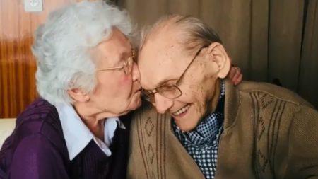 Un couple de Belgique fête ses 75 ans de mariage et nous livre les secrets de son bonheur