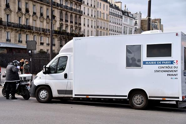 Hausse des contrôles et des amendes de stationnementà Paris: Anne Hidalgo touche le jackpot