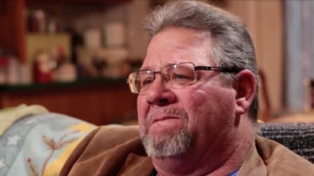 Un homme souffrant d'un grave anévrisme cérébral a dû abandonner sa fille. 40 ans plus tard, il envoie un message