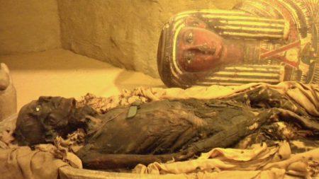 Quand la physique nucléaire fait parler les momies