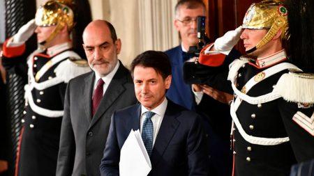 Italie: Giuseppe Conte, un juriste discret, renonce à devenir premier ministre