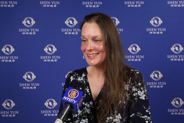 Shen Yun: «Je n'avais jamais rien vu d'aussi beau», dit une styliste