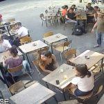 Paris: une jeune femme fait face à son harceleur, il la frappe violemment