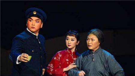 Le régime chinois rétablit la propagande maoïste