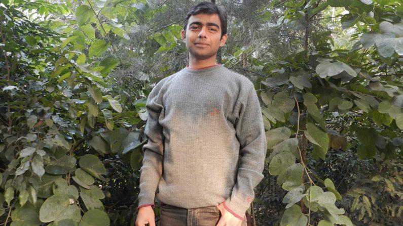 Pour mieux faire respirer les villes, ce jeune Indien fait pousser des mini-forêts, là où on en a le plus besoin