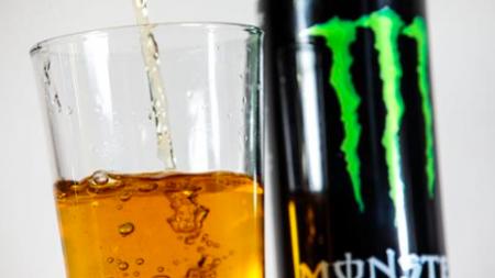 Une seule boisson énergisante pourrait augmenter votre risque de crise cardiaque
