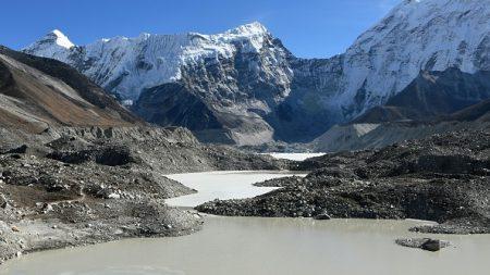 Au Népal, la bombe à retardement des lacs glaciaires