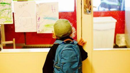 Il attachait et bâillonnait ses élèves de maternelle…