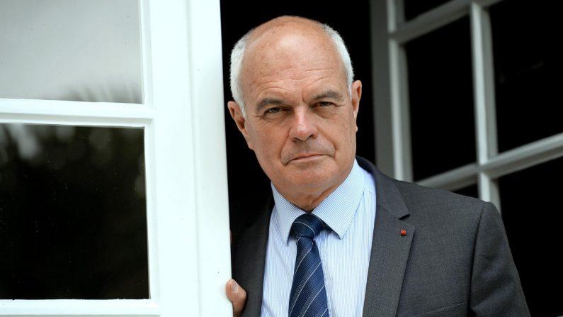 Le message du général Tauzin à la nation: «Mon vœu le plus cher est que nous rebâtissions la France»