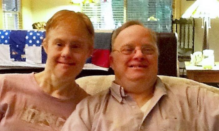 Un couple atteint du syndrome de Down n'avait pas l'approbation de certains parents pour se marier, mais 25 ans plus tard ils prouvent que les critiques avaient tort