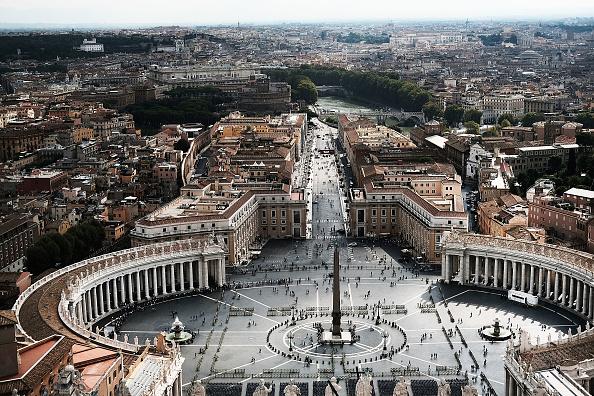 Une journaliste française nommée conseillère du bureau de presse du Vatican
