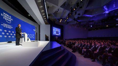 «La gauche ne s'imposera pas» en Amérique latine, assure Bolsonaro à Davos