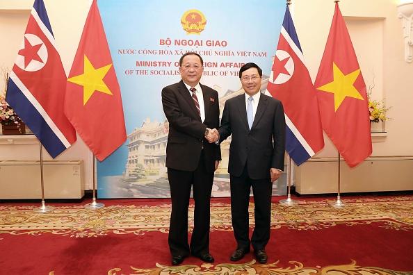 Le chef de la diplomatie vietnamienne en Corée du Nord avant le sommet Trump-Kim