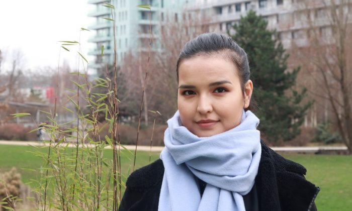 Une Ouïghoure demande à Emmanuel Macron de faire libérer sa mère persécutée en Chine