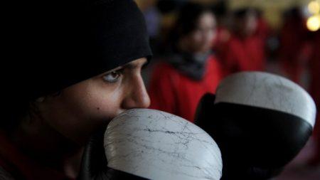 Les boxeuses pourront désormais combattre avec un voile pendant les compétitions internationales