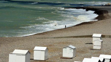 POLLUTION – Des milliers de boulettes de paraffine découvertes sur 115km du littoral picard