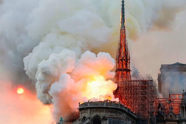 [MAJ] Incendie à Notre-Dame de Paris: «Toute la charpente est en train de brûler»