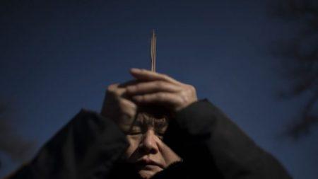 Les autorités chinoises démolissent plus de 5 900 sanctuaires consacrés à une divinité