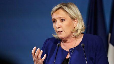 Marine Le Pen appelle les «gilets jaunes» à voter RN et surnomme LFI, «la France islamiste»