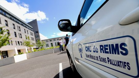 CHU de Reims: l'arrêt des soins de Vincent Lambert a commencé