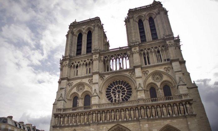 Comment Paris et Notre-Dame ont survécu aux ravages du socialisme