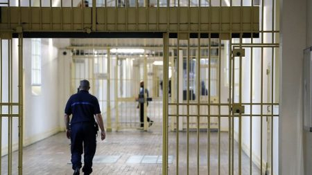Quatre ans de prison dont un ferme pour avoir blessé par balle le harceleur de son fils